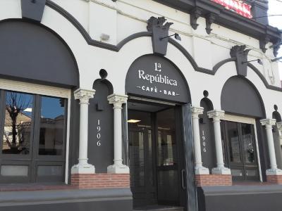 La República Cafè Bar