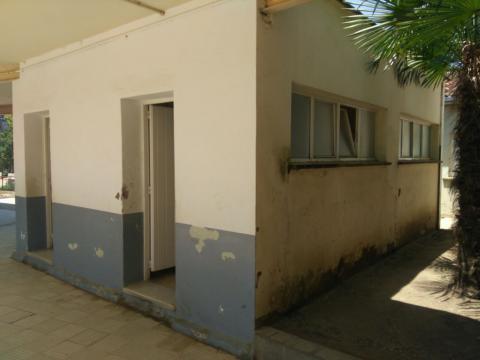 Reforma dels lavabos de l'escola Pompeu Fabra